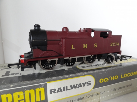 Wrenn W2214 N2 0-6-2 Tank Locomotive - LMS Maroon - Rare - Late P3 Issue