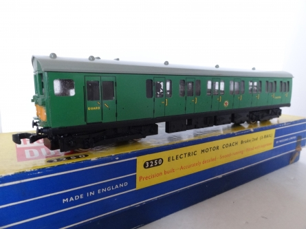 Hornby Dublo 3250 EMU Brake/2nd - S.65236 - 3 Rail