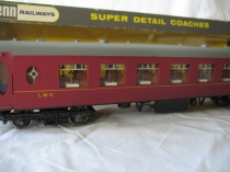 W6010 Pullman 2nd Class Coach - LMS Red