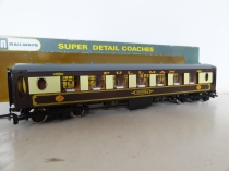 Wrenn W6001AG Agatha Brown/Cream Pullman Coach