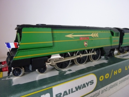 Wrenn W2276/5P EXETER Golden Arrow - Streamlined West Country Locomotive
