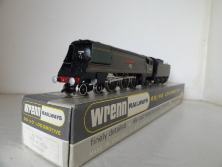 The Wrenn, Basildon KHAKI Locomotives - RARE